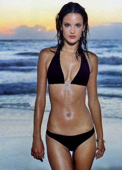 ale-bikini.jpg